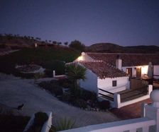 B&B Los Lujos by night
